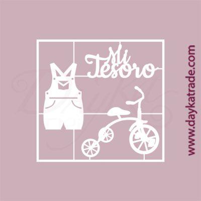 """Texto """"Mi tesoro"""", bicicleta y peto en cartón fino blanco, flexible y adaptable a todas las superficies. Se puede pegar y pintar fácilmente. Se utiliza en vidrio, para trabajos de scrapbooking, pegar en mueble, marcos..."""