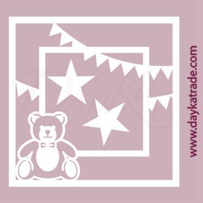 Osito, estrellas y banderines en cartón fino blanco, flexible y adaptable a todas las superficies. Se puede pegar y pintar fácilmente. Se utiliza en vidrio, para trabajos de scrapbooking, pegar en mueble, marcos...