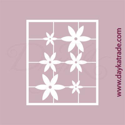 Set de 6 flores de 6 puntas en cartón fino blanco, flexible y adaptable a todas las superficies. Se puede pegar y pintar fácilmente. Se utiliza en vidrio, para trabajos de scrapbooking, pegar en mueble, marcos...