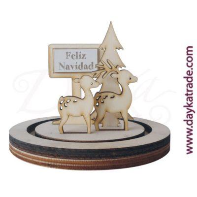 """Set de dos ciervos con cartel """"FELIZ NAVIDAD"""" con peana en madera de chopo de Dayka. Decoración Navidad"""